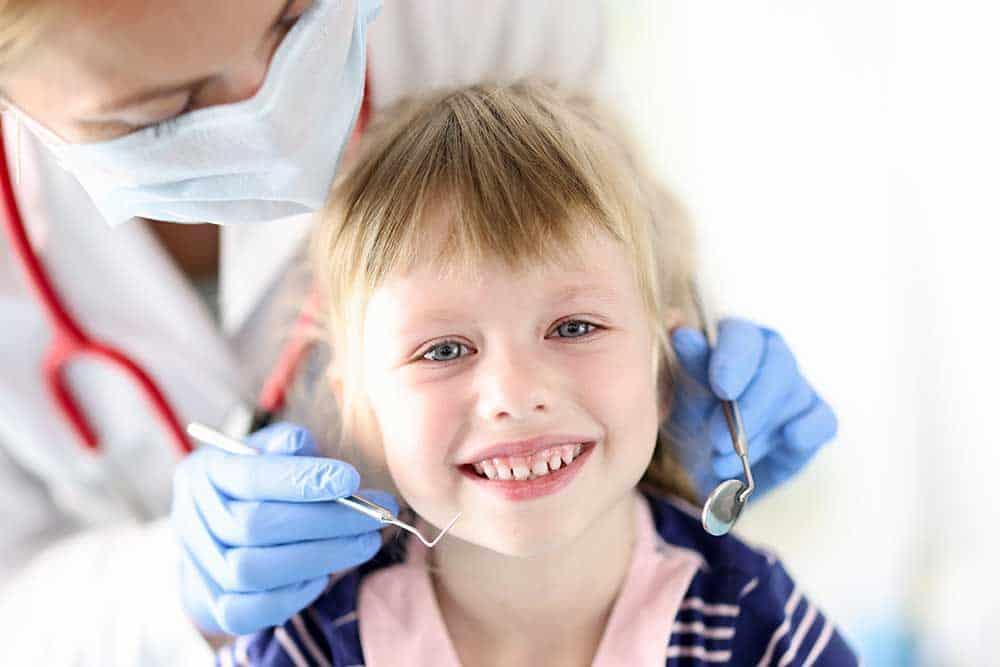 Carie ai denti da latte cosa fare